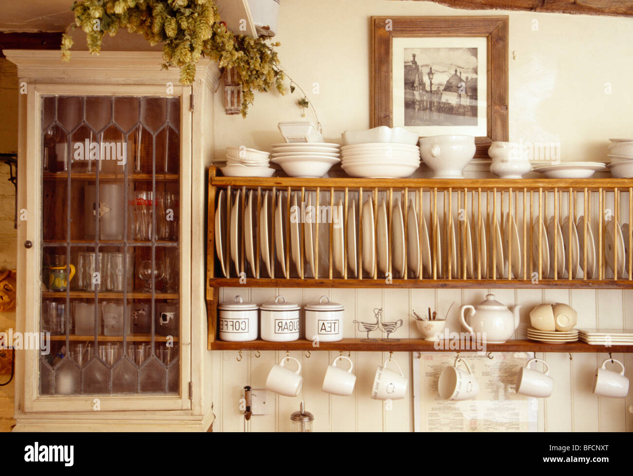 Wall Cupboard High Resolution Stock Photography And Images Alamy