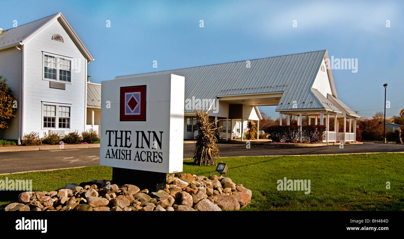 Amish Nappanee And Resort Indiana Historic Farm Acres Heritage