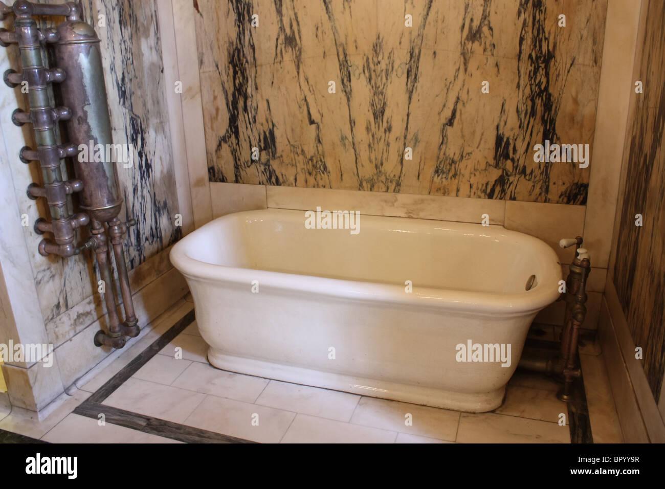https www alamy com stock photo retro vintage white bath tub marble wall 31346947 html