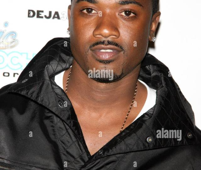 Ray J Rb Live Presents Ray J At The Spotlight Live Times Square Arrivals