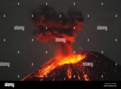 Krakatoa Stock Photos & Krakatoa Stock Images - Alamy