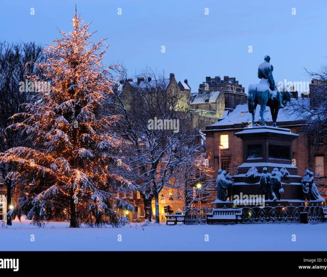 Christmas Tree And Albert Memorial In Charlotte Square With Castle In Background Edinburgh Scotland