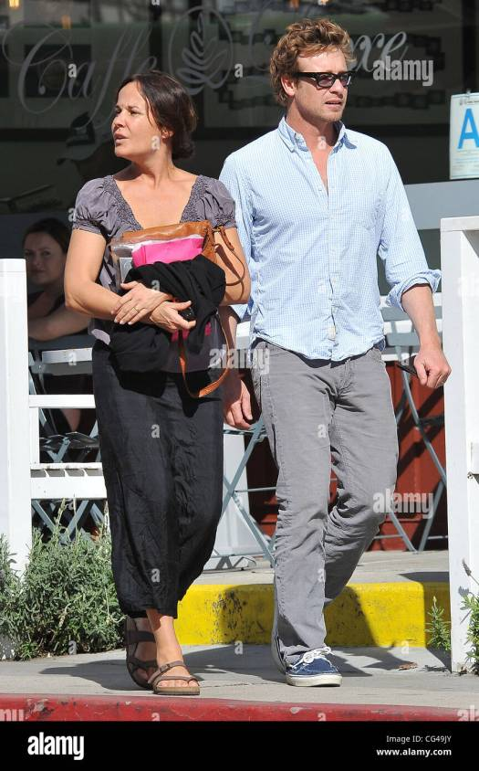The Mentalist' actor, Simon Baker and his wife Rebecca ...