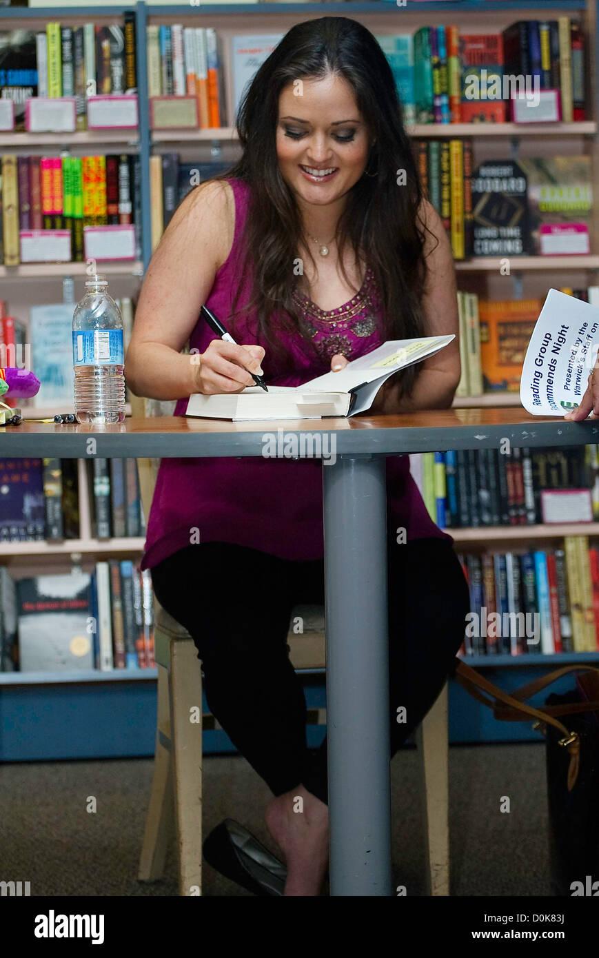 Danica Mckellar Signing Copies Of Her New Book Hot X Algebra Exposed At Warwicks La Jolla California