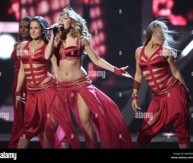 Hadise Representing The Turkey In The 2009 Eurovision Song Contest Performs The Song