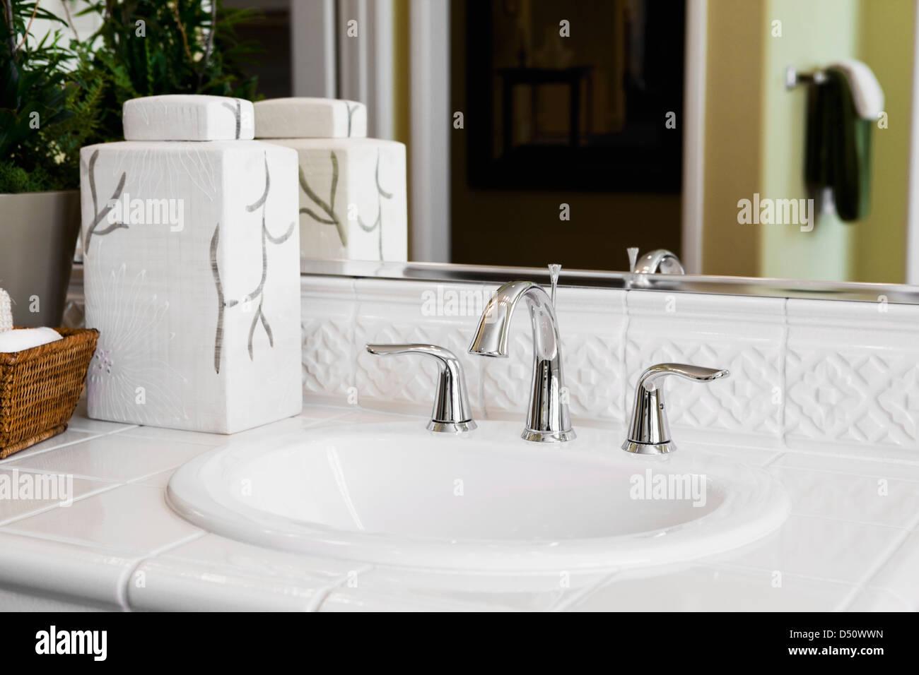White Tile Countertop Surrounding Bathroom Sink Tustin California Stock Photo Alamy