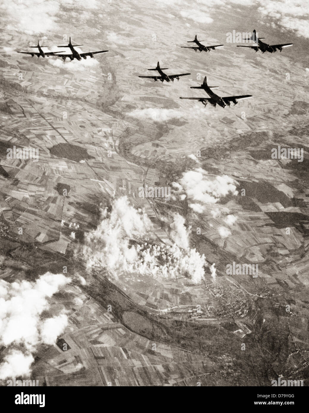 Carpet Bombing Stock Photos   Carpet Bombing Stock Images   Alamy US B 17 Flying Fortresses Carpet Bombing   Stock Image