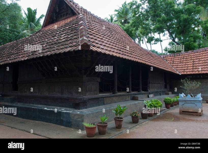 Traditional Kerala Roof Stock Photos   Traditional Kerala Roof Stock     Traditional N    lukettu house Kerala India   Stock Image