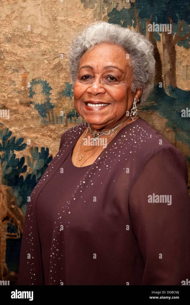 Gorgeous Happy Black Mature Senior Woman St Paul Minnesota Mn Usa