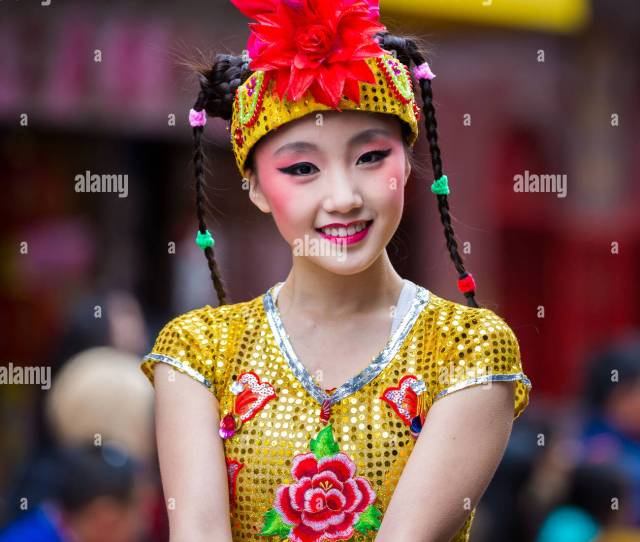Beautiful Chinese Girl Parades At The Lunar New Year Festival In Chinato