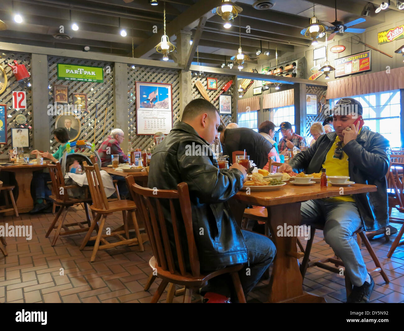 https www alamy com diners at tables main dining room cracker barrel old country store image68353294 html