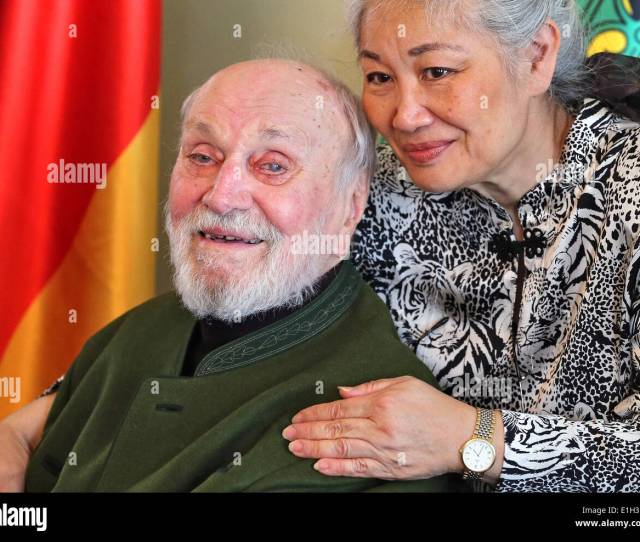 Conductor Kurt Masur And His Wife Tomoko Sakurai Arrive For The Awarding Of The Order Of Merit Of The Free State Of Saxony At The Mendelssohnhaus In