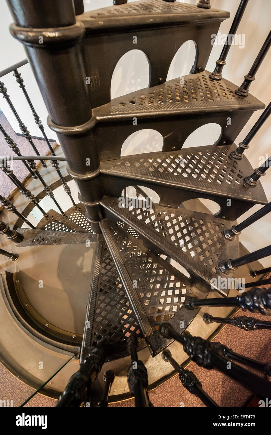 Classic Wrought Iron Spiral Staircase Stock Photo Alamy | Wrought Iron Spiral Staircase | Old | Plant Stand | Stair Case | Transitional | Narrow
