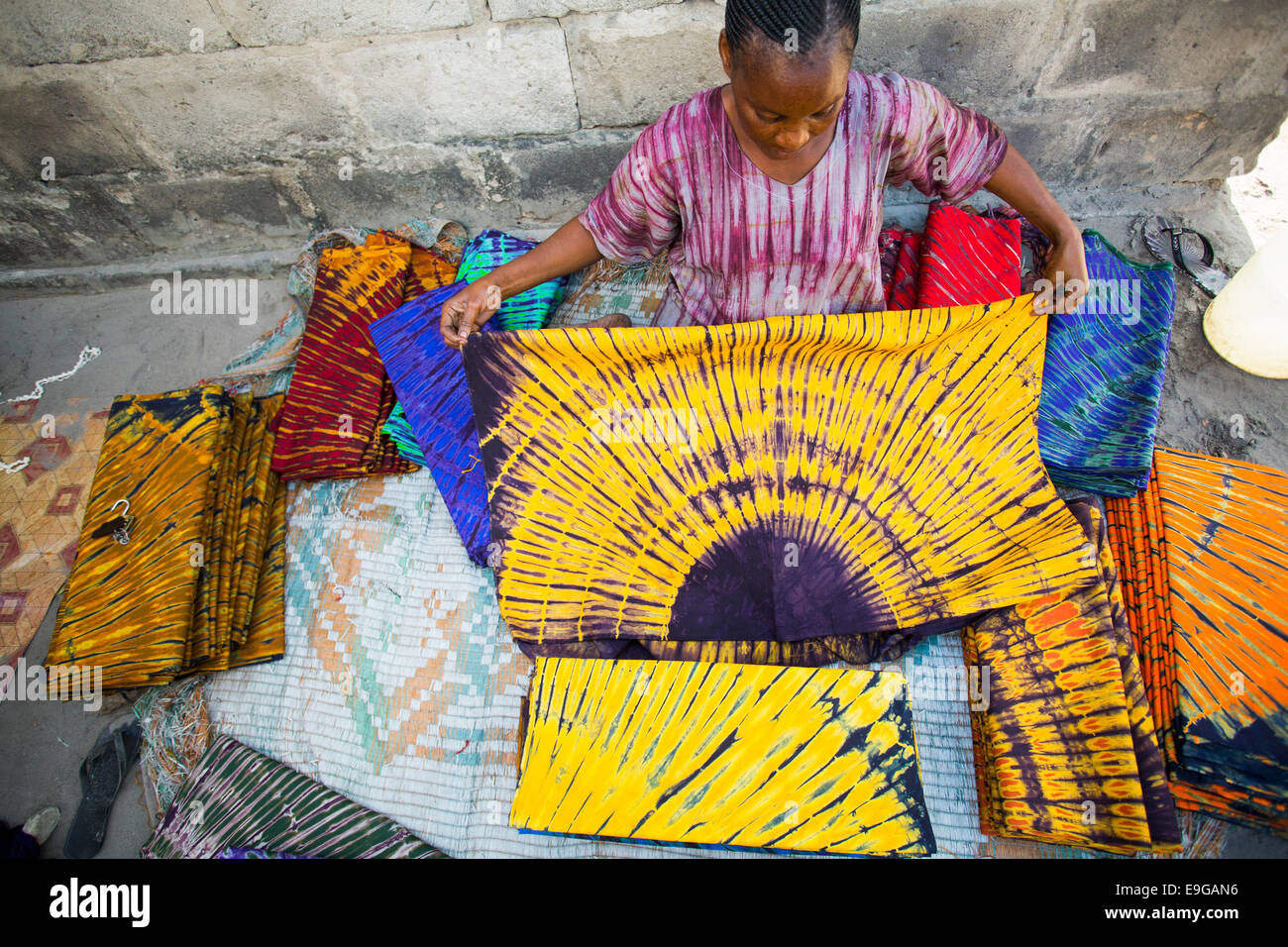 Traditional Textile Art: Tie Dye in West Africa – Elodie Travels
