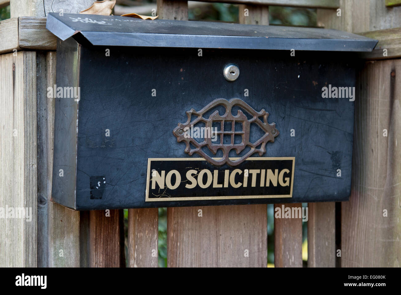 No Soliciting Sign On A Residential Mailbox In Berkeley Stock Photo Alamy