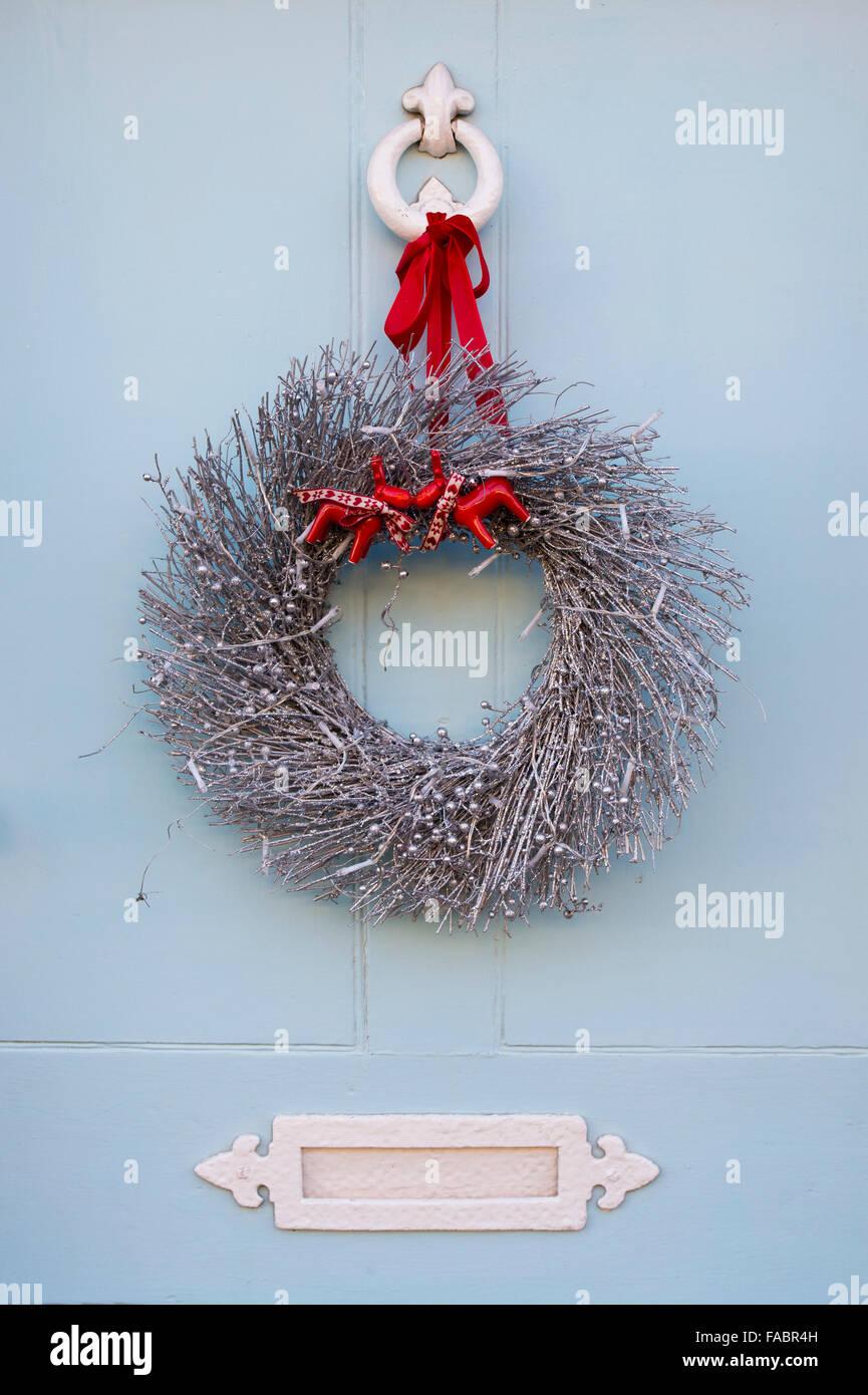 Door Wreath And Knocker Stock Photos Amp Door Wreath And