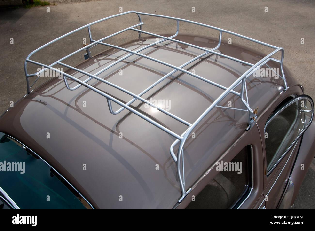 https www alamy com stock photo 1954 vw volkswagen beetle roof rack 97596680 html