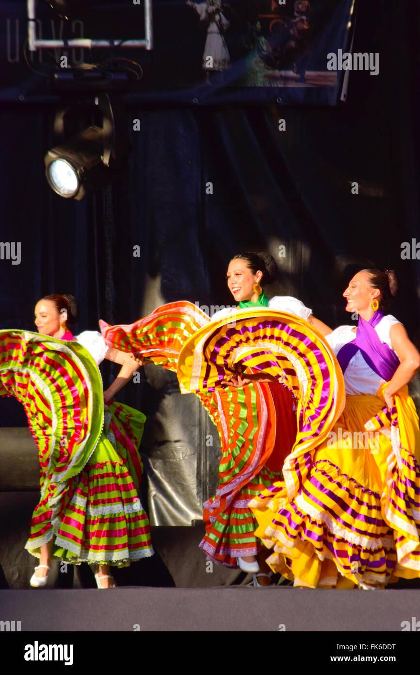 Mexico City Ambles Folk Dance In Mexico City