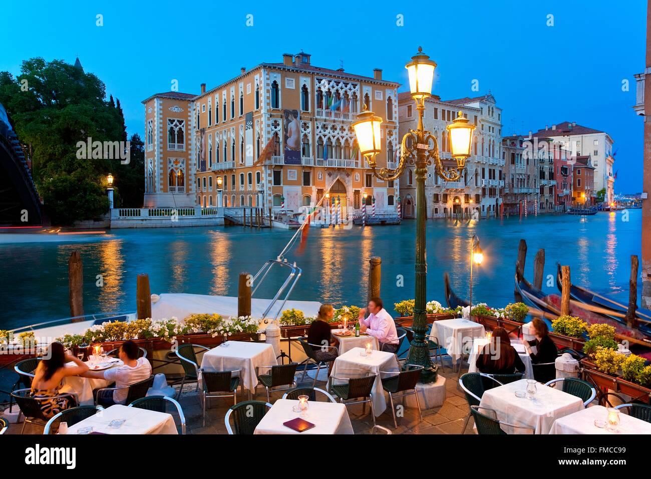 Italy Veneto Venice Restaurant And Terrace Along Grand