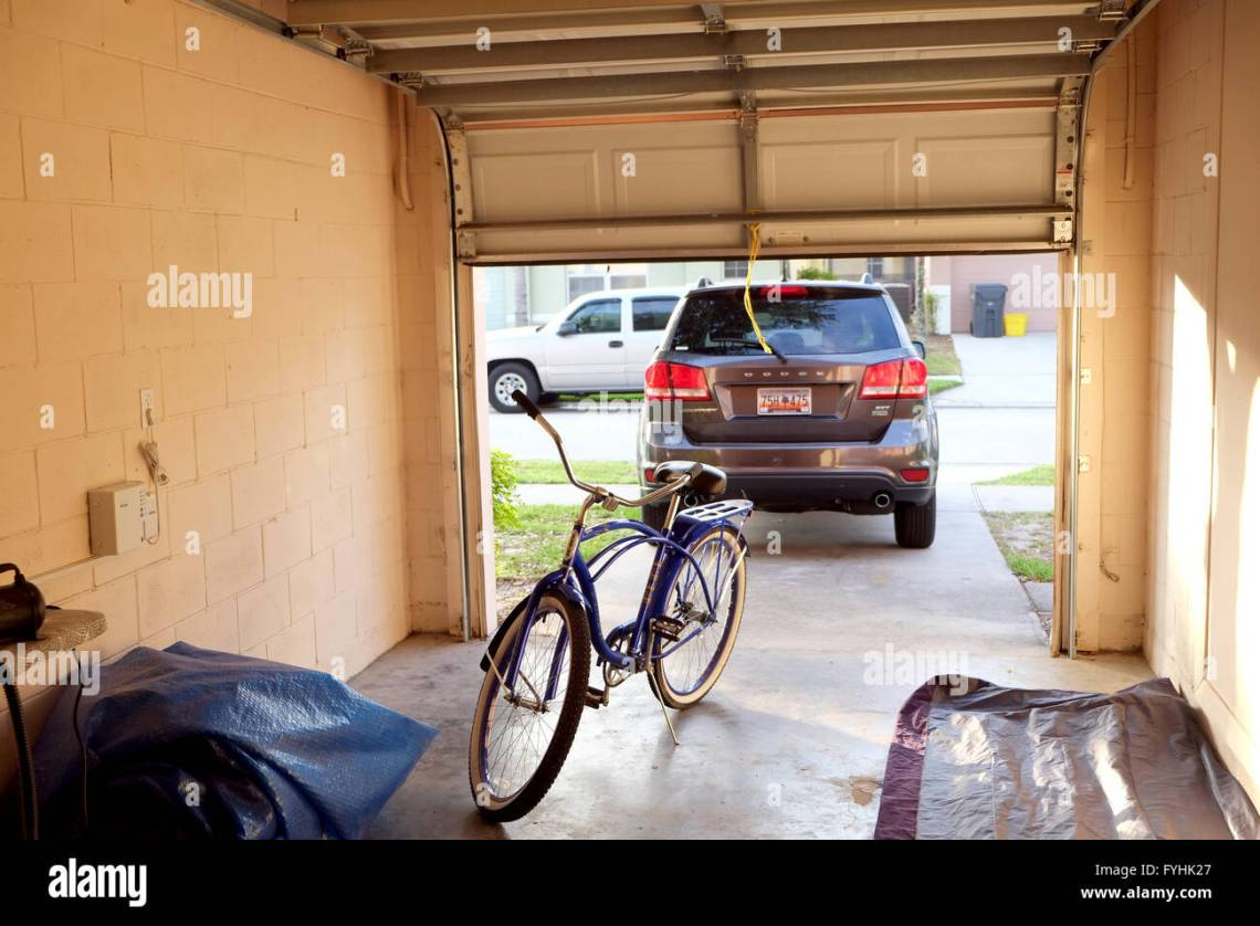 American Garage Home - 27th-april-2016-view-of-the-inside-of-an-american-home-garage-looking-FYHK27_Most Inspiring American Garage Home - 27th-april-2016-view-of-the-inside-of-an-american-home-garage-looking-FYHK27  Pictures_748696.jpg