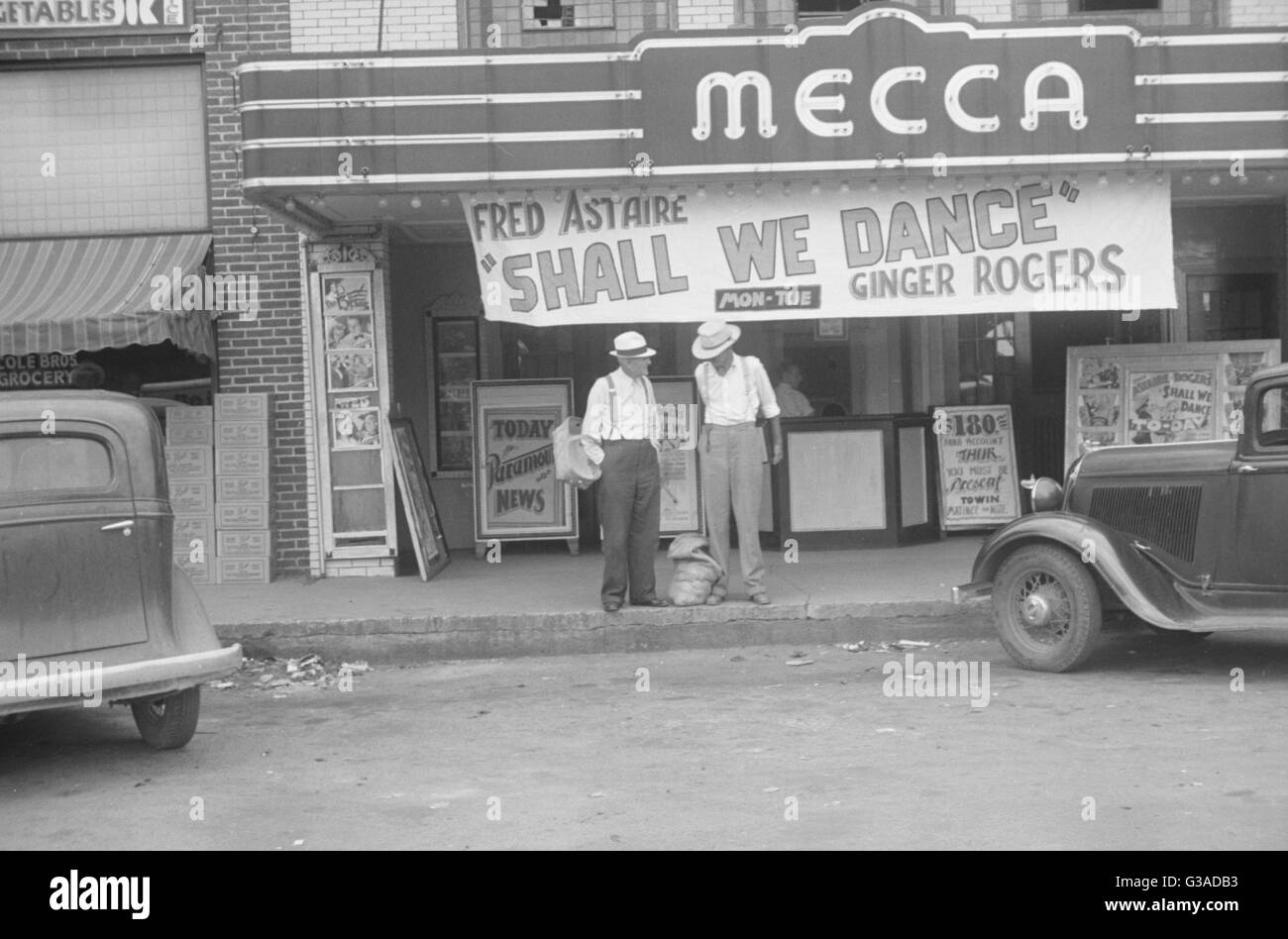 1930s Mecca Cinema In America Showing Shall We Dance Date
