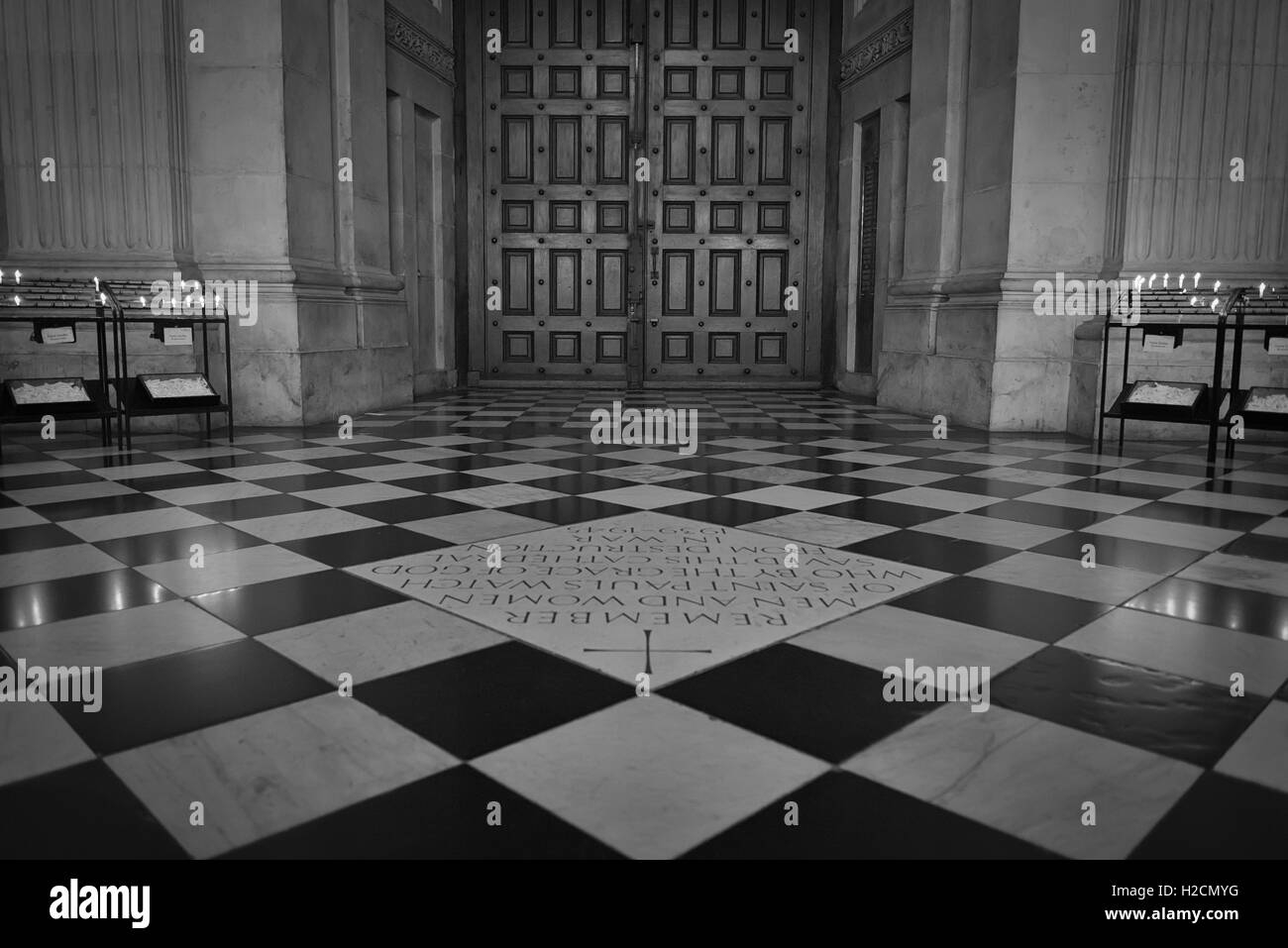 https www alamy com stock photo wooden doors of st pauls cathedral and square floor tiles in london 121981764 html