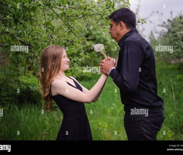 Wonderful Love Story In Photos Pretty Pair In Green Fruit Garden