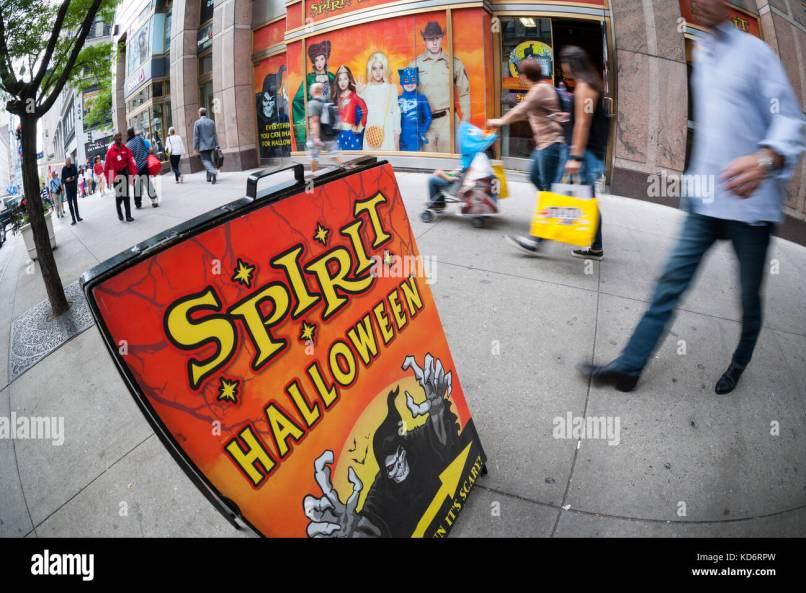 a spirit halloween pop up in new york on thursday october 5