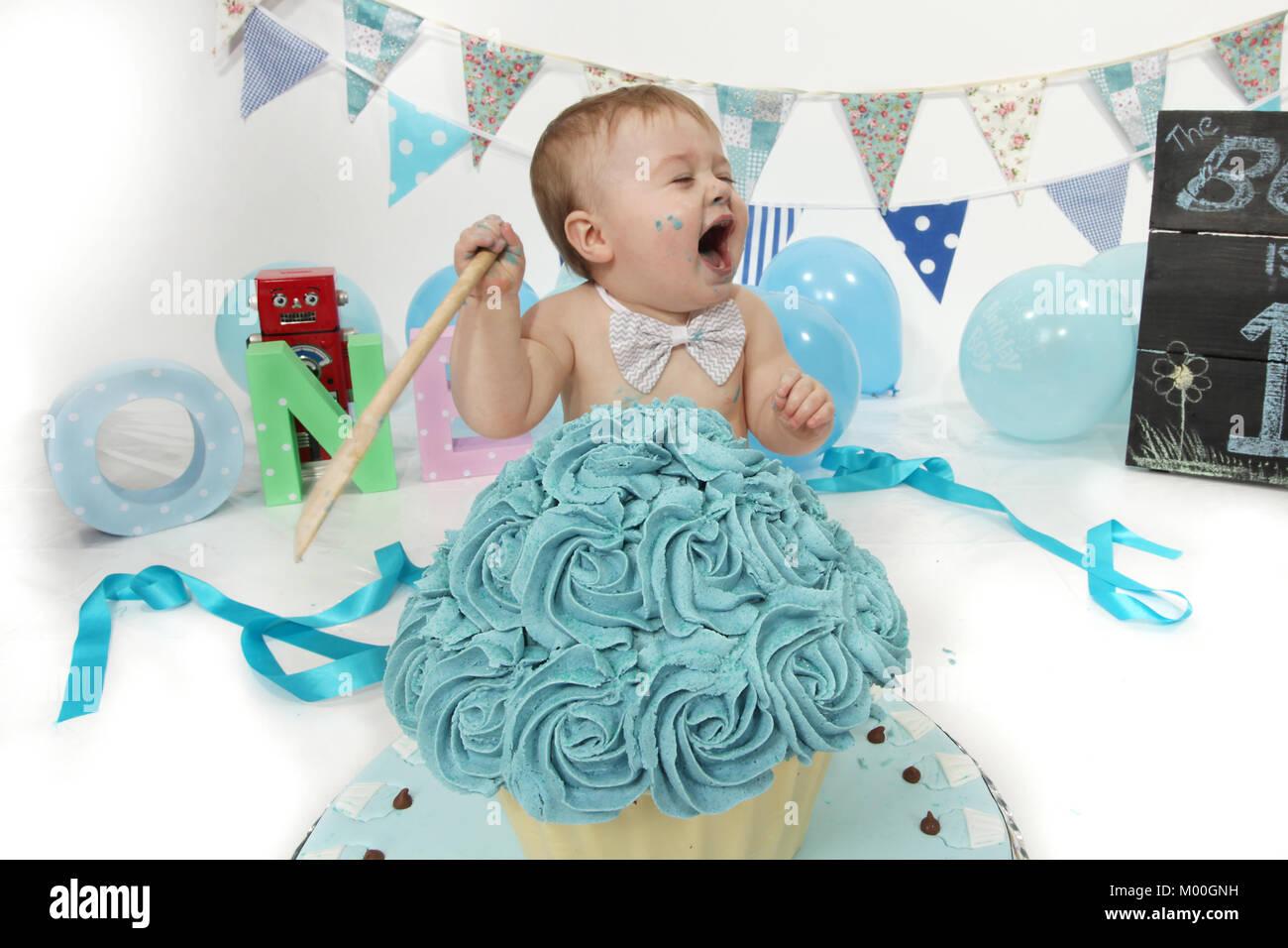 1 Year Old Boy Birthday Party Cake Smash Fun Food Stock Photo Alamy