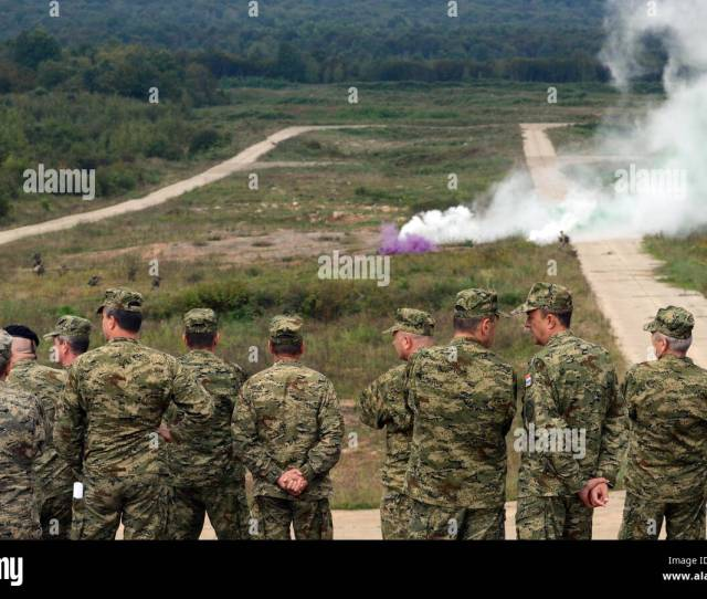 Commanders From Bosnia And Herzegovina Croatia Montenegro The United States And Slovenia Observe Soldiers Occupying An Assebly Area Sept