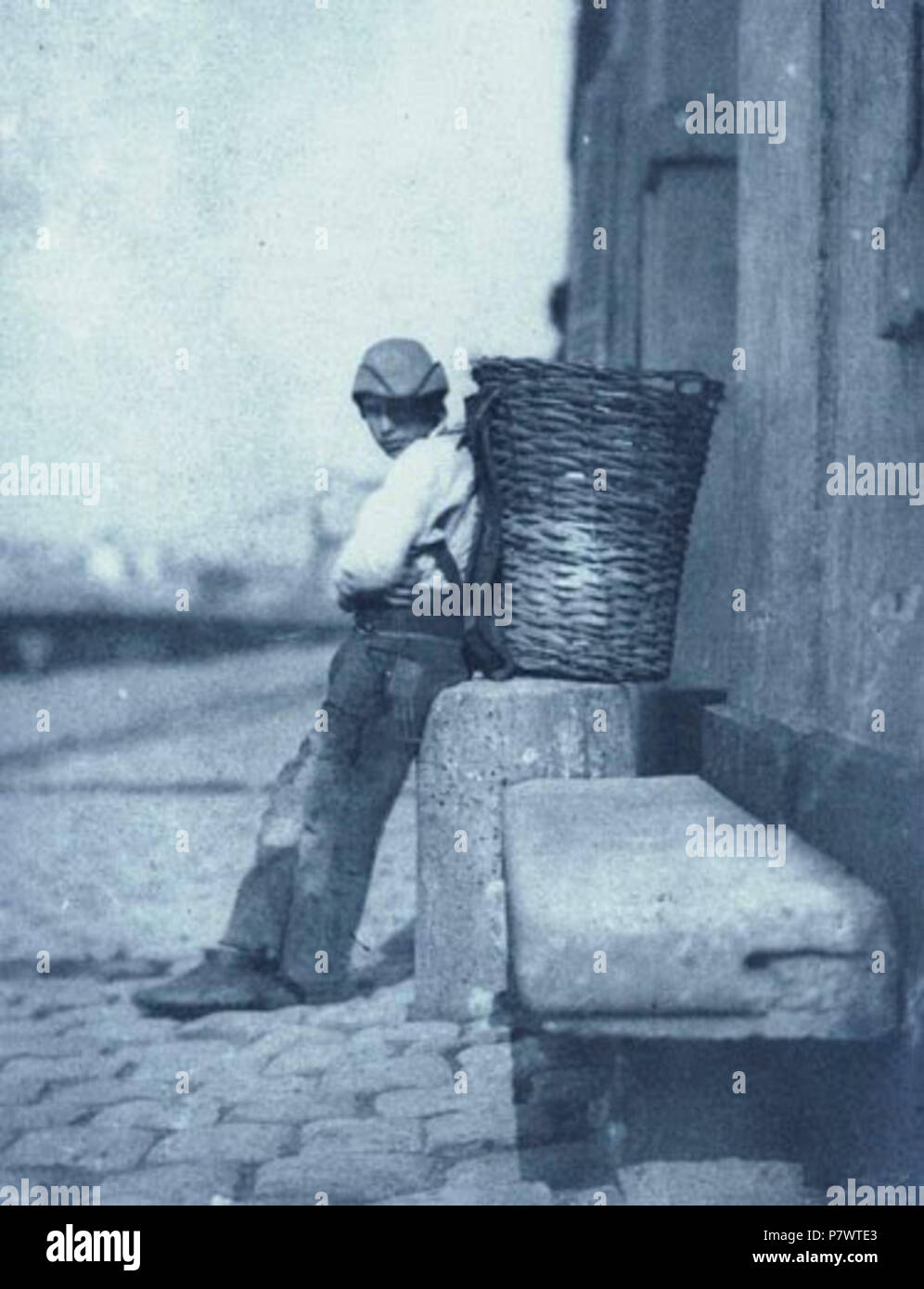 https www alamy com english le petit chiffonnier appuy contre une borne 1851 90 chiffonnier02 negre image211395019 html