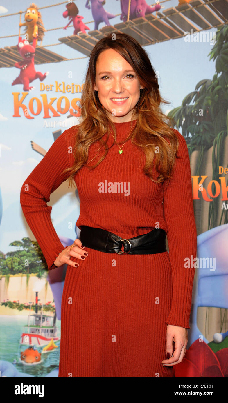 09 December 2018 Bavaria Munchen Comedian Carolin Kebekus Comes To The Premiere Of The Movie The Little Dragon Coconut Off Into The Jungle The Animated Film About The Adventures Of The