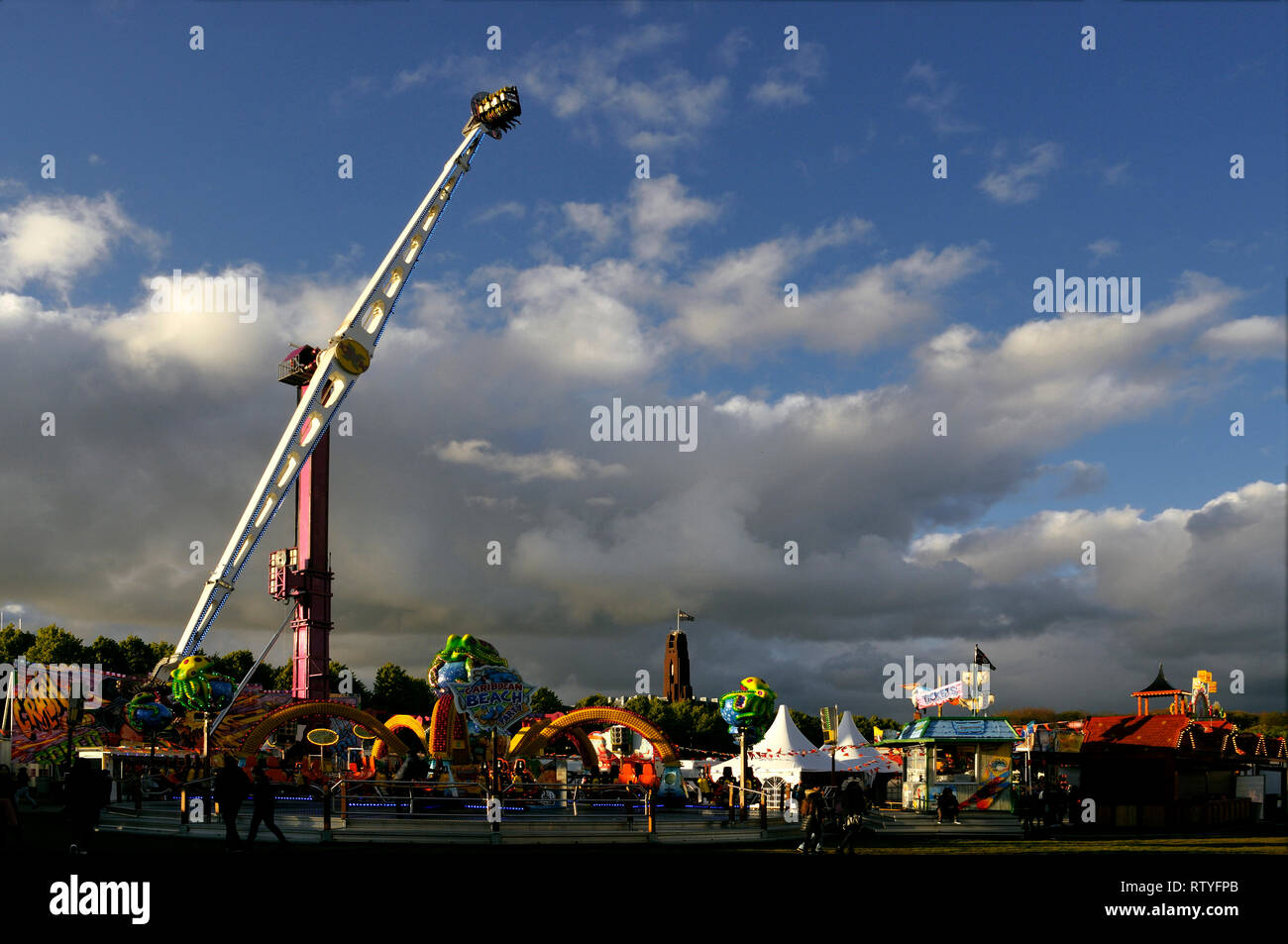 https www alamy com malieveld the hague the netherlands friday 13th april 2017 the kings annual birthday fair koningskermis on the malieveld booster ride charl image239091619 html