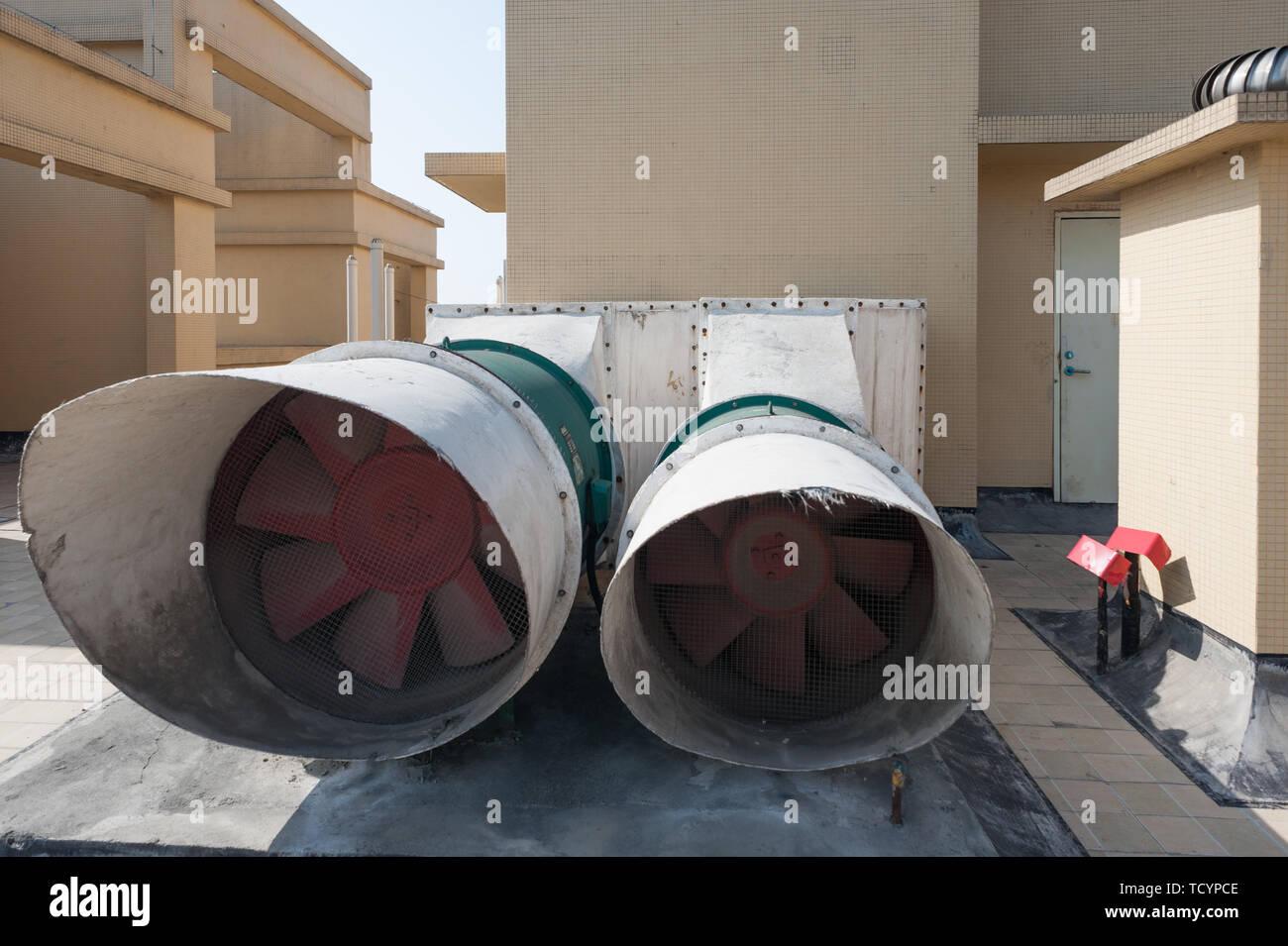 https www alamy com rooftop exhaust fan image248931326 html