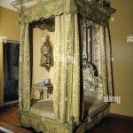 Four Poster Bed Four Poster Bed Originating From The Castle Of Eerde Bedstead Decorated With Light Green Silk Damask With A Large Flower The Frame Is Made Of Pine The Inner Bed Of Oak