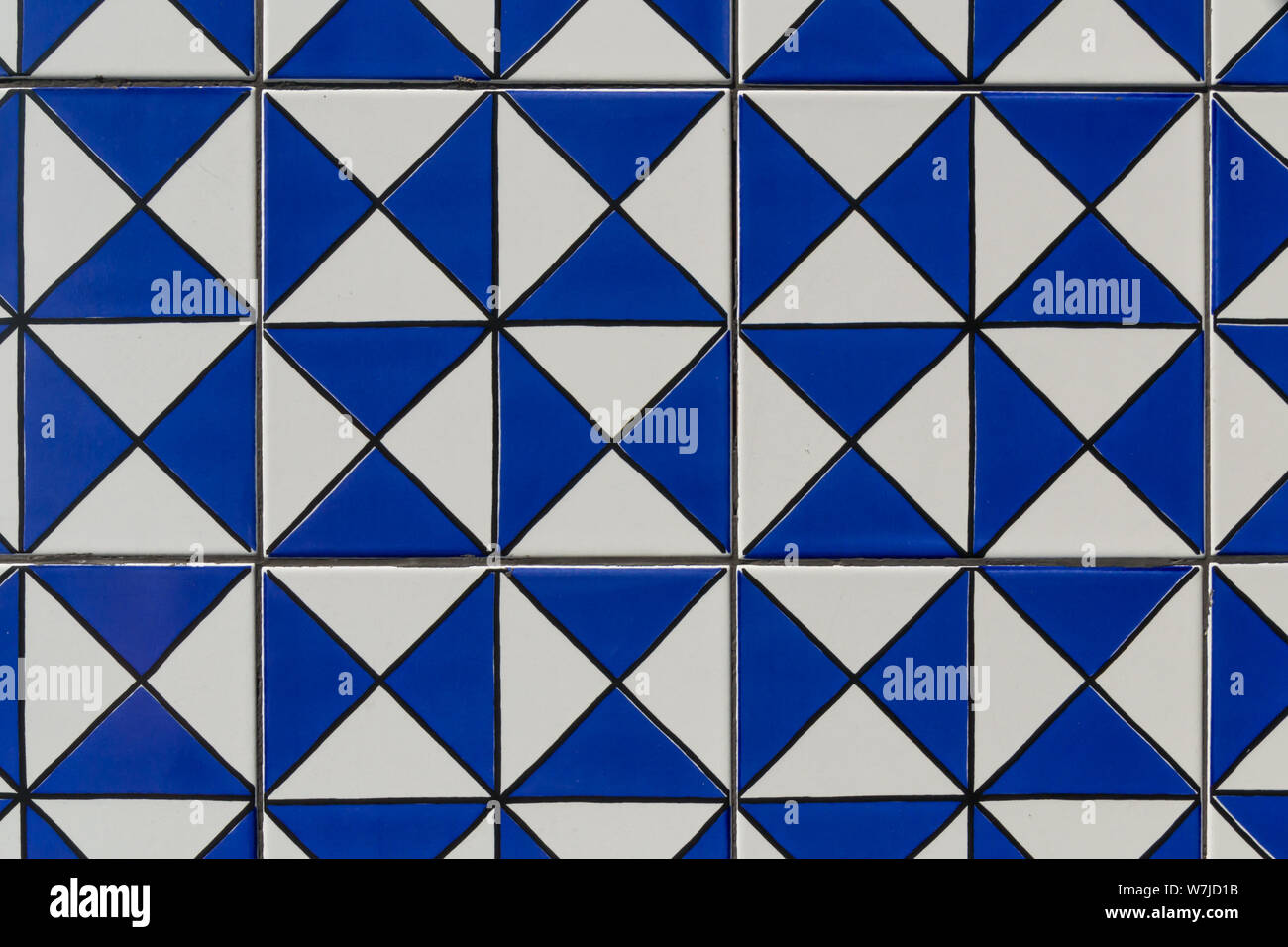 https www alamy com geometric blue tile pattern texture background and wallpaper image262863479 html