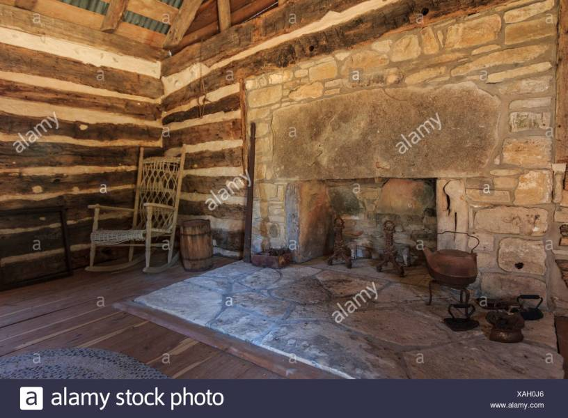 Independence  interior  log cabin  wooden  hut  Seward  Plantation     Independence  interior  log cabin  wooden  hut  Seward  Plantation  Texas   USA  United States  America