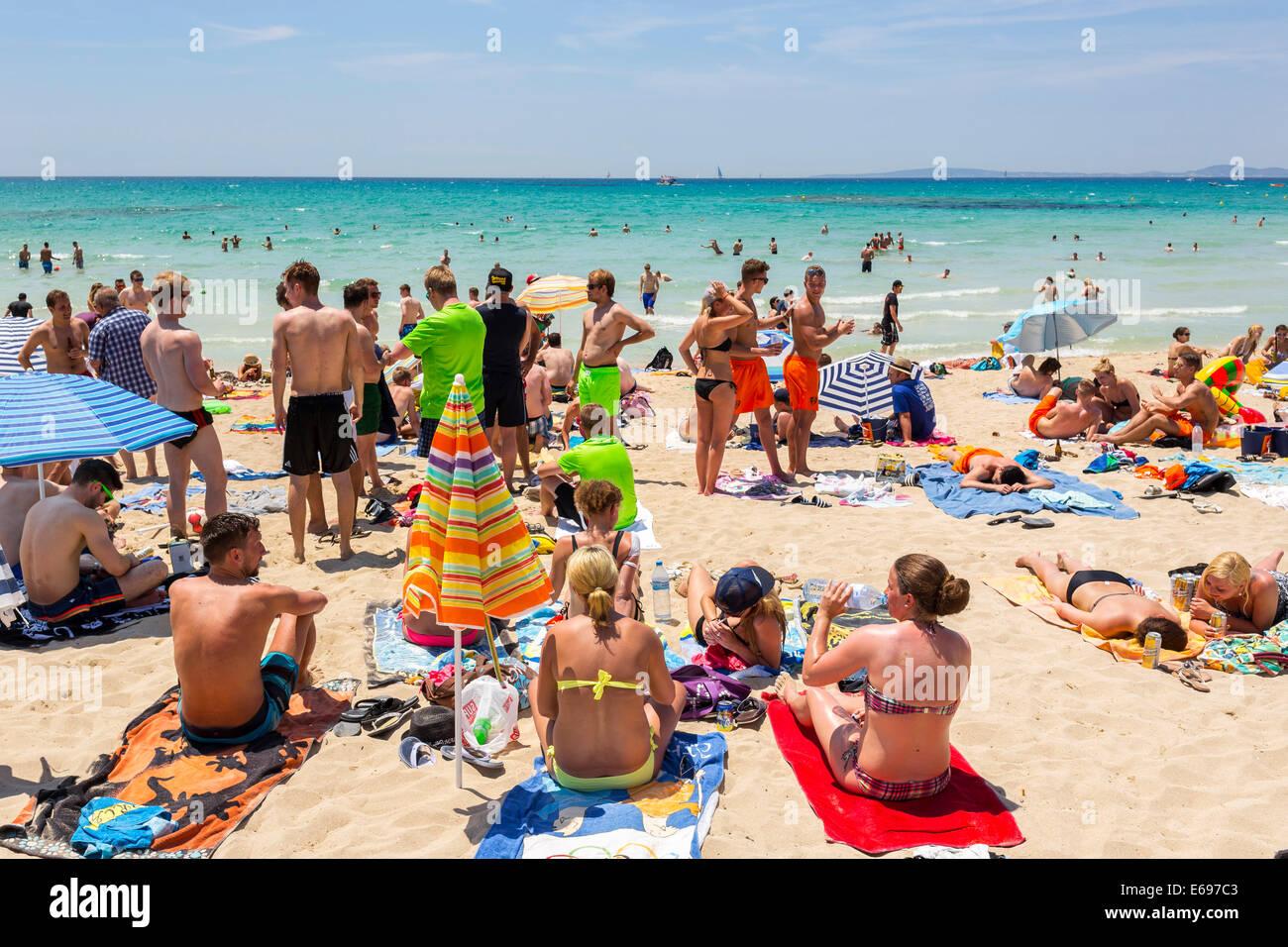 majorca beach party stockfotos und
