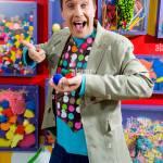 Kinder Tv Charakter Mister Maker Gespielt Von Phil Gallagher Die Kinder Kunst Und Handwerk Ideen Zeigten Stockfotografie Alamy