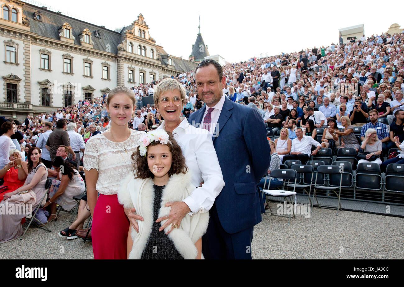 Maria Letitia Grfin Von Schnburg Glauchau Gloria