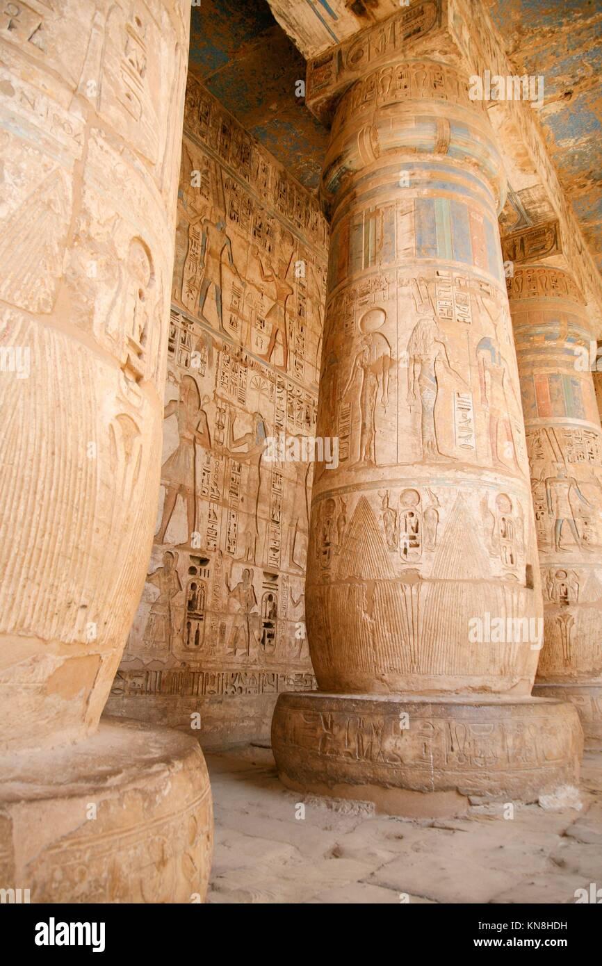 Alte Agyptische Malereien Auf Der Steinplatte Lizenzfreie Fotos