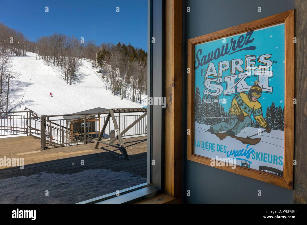vintage ski poster stockfotos und