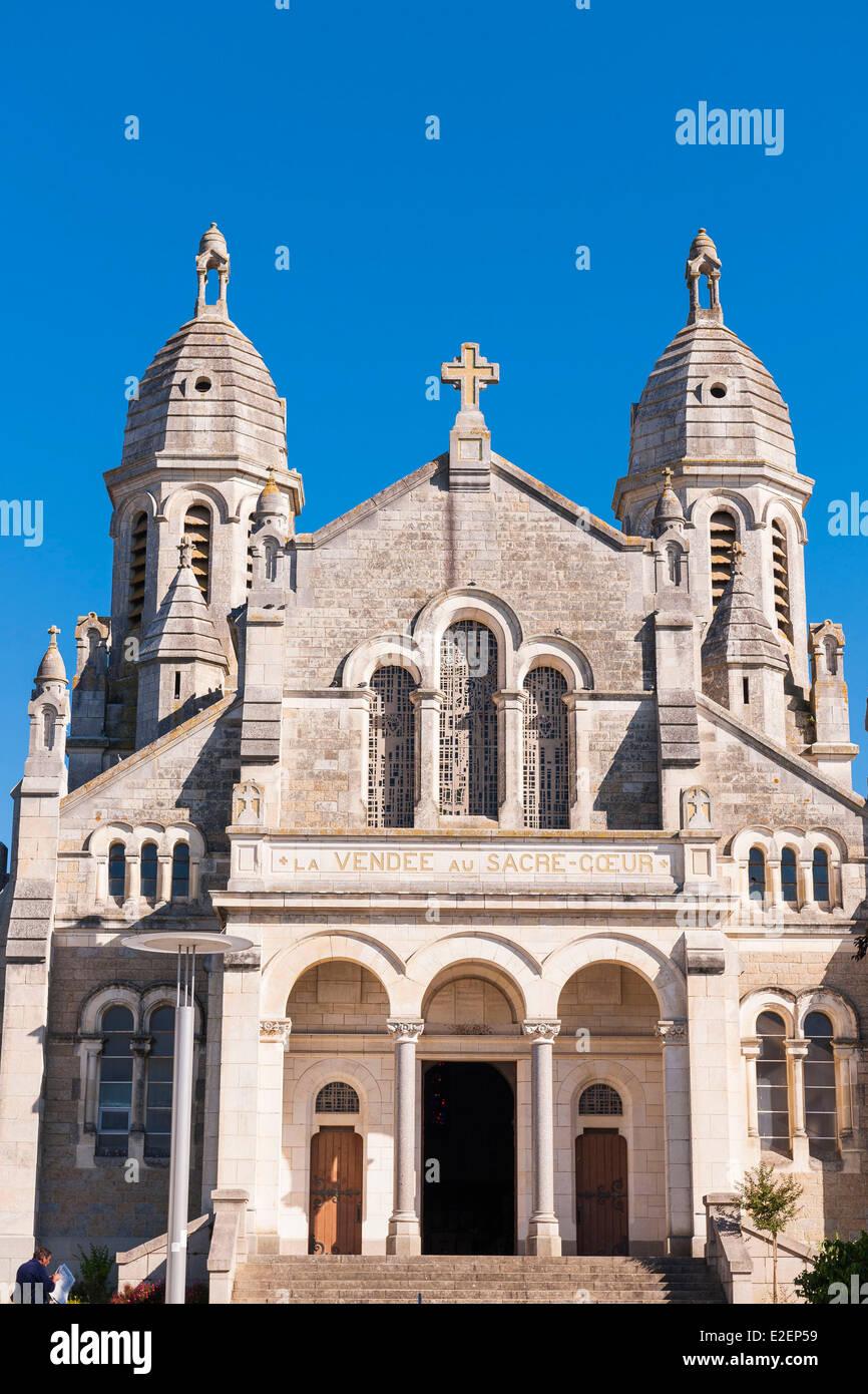 https www alamyimages fr photo image france vendee la roche sur yon l eglise du sacre coeur 70395509 html