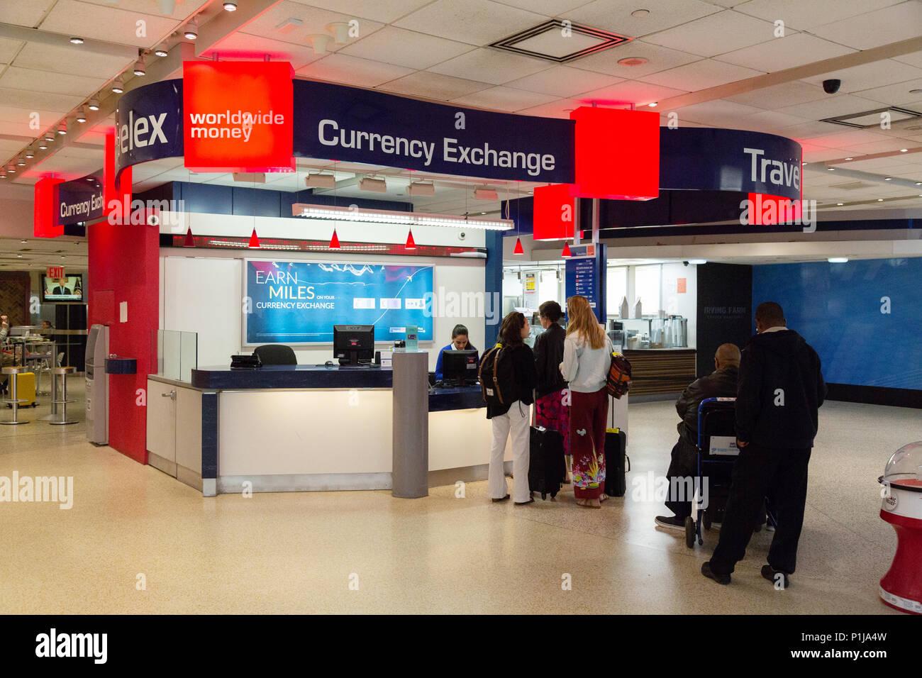 bureau de change travelex a jfk airport new york usa