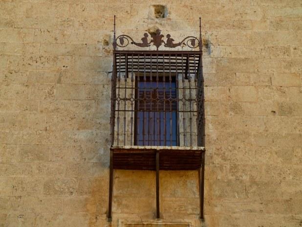Balcón Enrejado en Pastrana