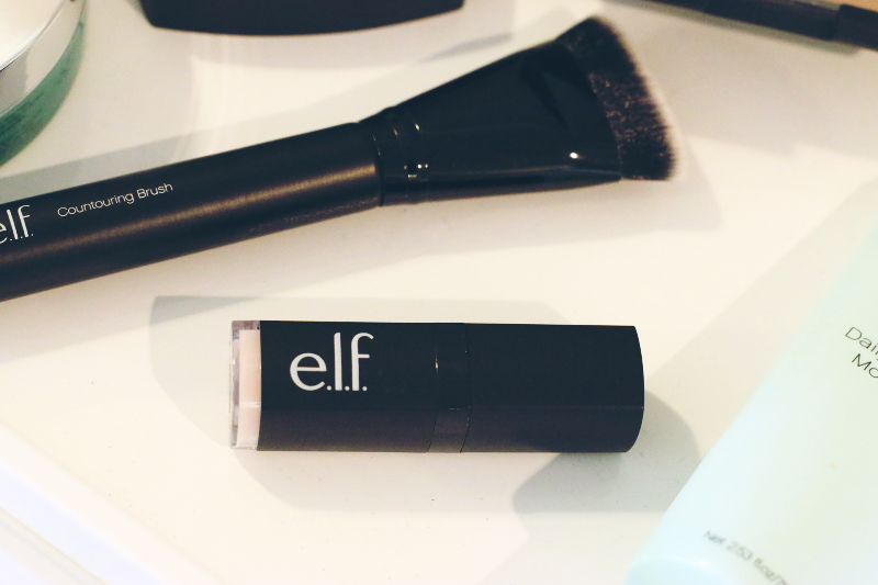 elf-cosmetics-lip-exfoliator-2