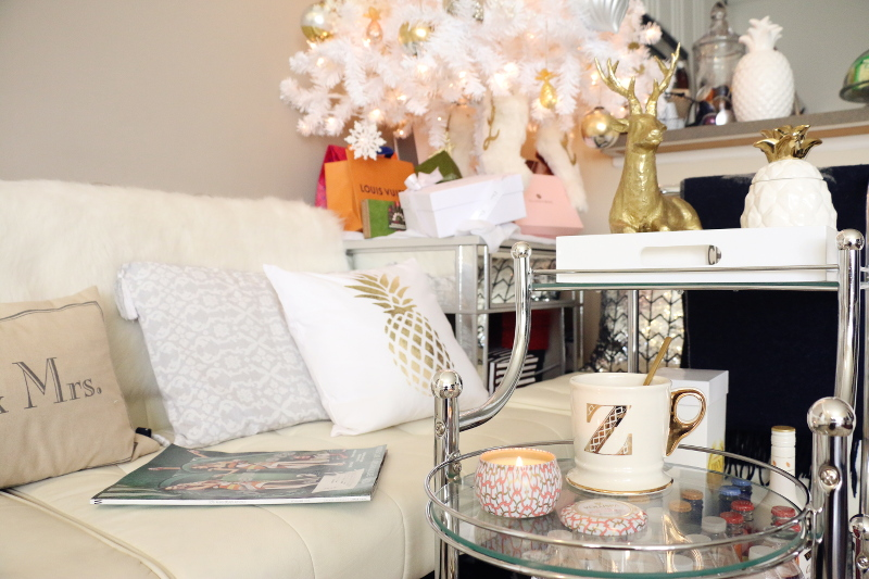 comfy-lazy-day-coffee-candle-magazine-6