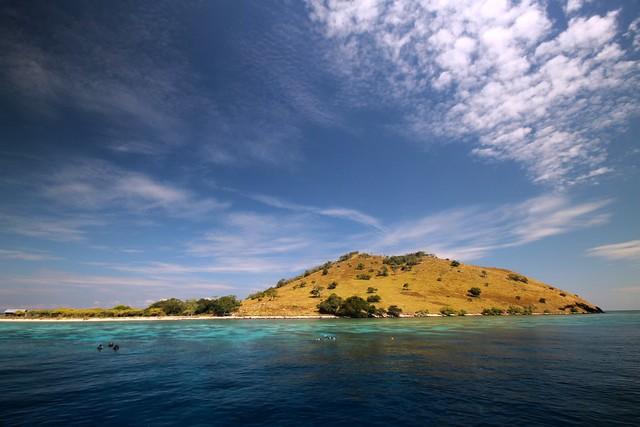 Pulau Sabolan Besar
