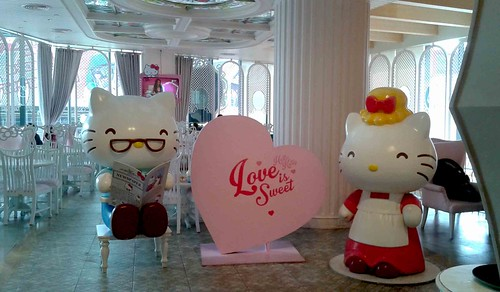 Hello Kitty and her husband