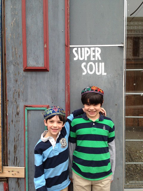 Shug and Shugie have Super Soul! Helena, AR